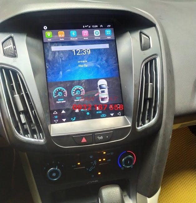 Màn hình Tesla cho Ford Focus