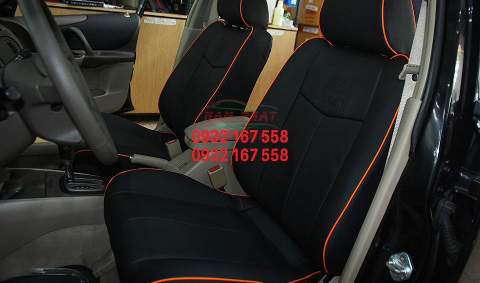 Bọc ghế da cho Ford Laser